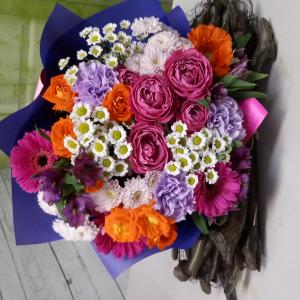 Букет цветов Роза, гербера, сантини
