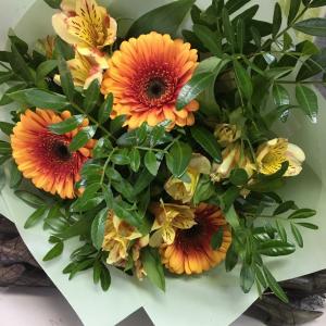 Букет цветов Герберы, альстромерия