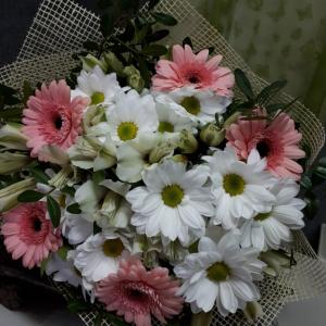 Букет цветов Герберы, хризантемы, альстромерии