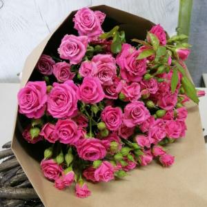 Букет цветов Роза кустовая  9шт