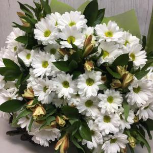Букет цветов хризантема кустовая, альстромерия