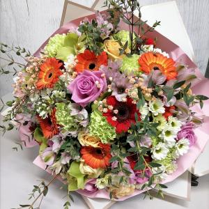 Букет цветов Гербера, роза, сантини